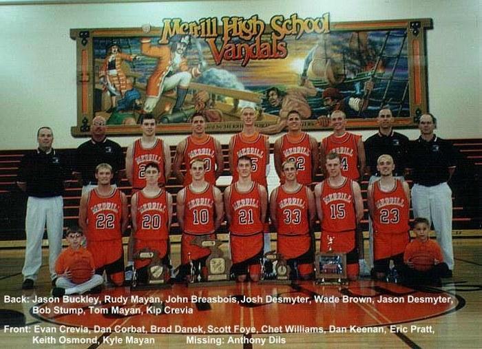 1999-2000 Basketball Team Photo